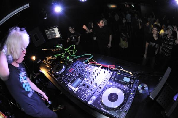 150409VOCALOID-DJ-SESSION_012