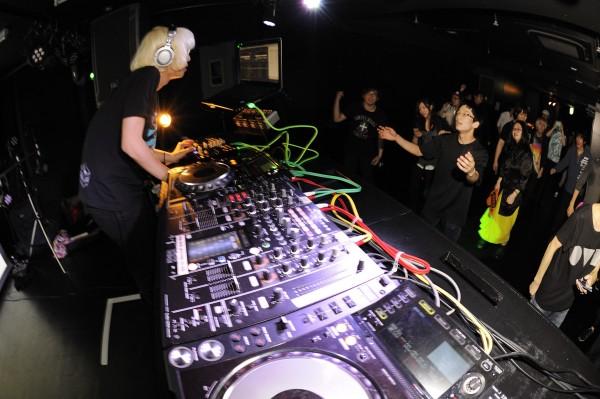 150409VOCALOID-DJ-SESSION_013